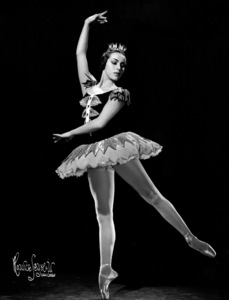 Maria Tallchief with theBallet Russe De Monte Carlo10/29/45. © 1978 Maurice Seymour - Image 17596_0002
