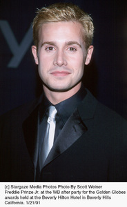 "Freddie Prinze Jr.""Golden Globe Awards: WB After Party 2001,"" 1/21/01. © 2001 Scott Weiner - Image 17607_0104"