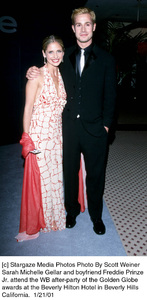 "Sarah Michelle Gellar, Freddie Prinze Jr.""Golden Globe Awards: WB After Party 2001,"" 1/21/01. © 2001 Scott Weiner - Image 17607_0113"