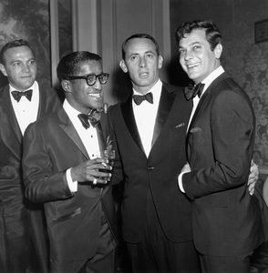 Sonny King, Joey Bishop, Sammy Davis Jr., and Tony Curtis at a Friar