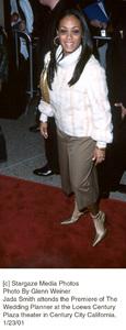 """Jada Smithat """"The Wedding Planner"""" Premiere, 1/23/01. © 2001 Glenn Weiner - Image 17614_0106"""