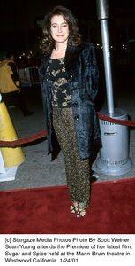 """Sean Youngattends the """"Sugar and Spice"""" Premiere, 1/24/01. © 2001 Scott Weiner - Image 17630_0112"""