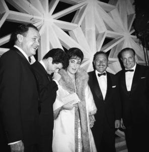 """Suddenly, Last Summer"" (Premiere)Eddie Fisher, Elizabeth Taylor, Tennessee Williams1959 © 1978 David Sutton - Image 1763_0030"