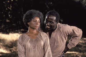 """Roots""Leslie Uggams, Richard Roundtree1977** H.L. - Image 17658_0025"