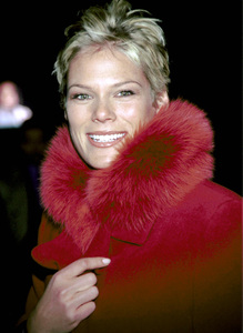 Serena SchulzOXYGEN Launch Party, New York,  2000. © 2000 Ariel Ramerez - Image 17707_0107