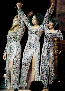 """Diana Ross and the Supremes (Lynda Laurence and Scherrie Payne).""""Return To Love"""" Concert Tour 2000. © 2000 Ariel Ramerez - Image 17713_0111"""