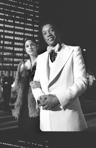 """Academy Awards: 45th Annual""Paul Winfield1973 © 1978 Gunther - Image 1781_0023"
