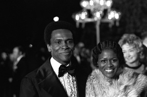 """The 45th Annual Academy Awards""Cicely Tyson1973 © 1978 Gunther - Image 1781_0028"