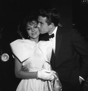 """Golden Globe Awards"" Joan Collins, Warren Beatty 1961 © 1978 David Sutton - Image 1782_0018"