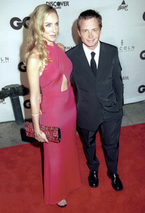 "Michael J. Fox, wife Tracy Pollan""GQ"" Men Of The Year Awards: 2000. © 2000 Ariel Ramerez - Image 17871_0104"