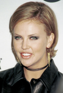 """Charlize Theron""""GQ"""" Men Of The Year Awards: 2000. © 2000 Ariel Ramerez - Image 17871_0112"""