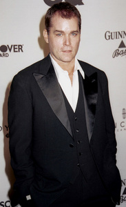 "Ray Liotta""GQ"" Men Of The Year Awards: 2000. © 2000 Ariel Ramerez - Image 17871_0113"