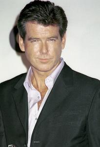"""Pierce Brosnan""""GQ"""" Men Of The Year Awards: 2000. © 2000 Ariel Ramerez - Image 17871_0116"""