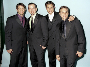 "98 Degrees: Jeff Timmons, Justin Jeffre, Nick Lachey, Drew Lachey""GQ"" Men Of The Year Awards: 2000. © 2000 Ariel Ramerez - Image 17871_0127"