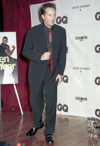 "Matthew Perry""GQ"" Men Of The Year Awards: 2000. © 2000 Ariel Ramerez - Image 17871_0145"