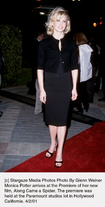 © Stargaze Media Photos Photo By Glenn WeinerMonica Potter arrives at the Premiere of her newfilm, Along Came a Spider. The premiere washeld at the Paramount studios lot in HollywoodCalifornia. 4/2/01 - Image 17995_0103
