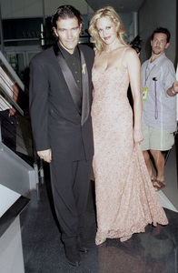 Antonio Banderas, Melanie GriffinLatin Grammy Awards: 2000, New York © 2000 Ariel Ramerez - Image 18003_0100
