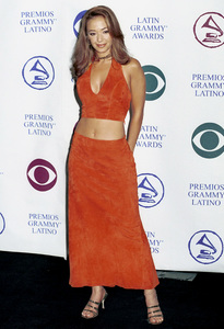 Leah ReminiLatin Grammy Awards: 2000, New York © 2000 Ariel Ramerez - Image 18003_0124
