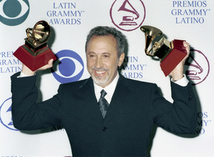 Emilio EstefanLatin Grammy Awards: 2000, New York © 2000 Ariel Ramerez - Image 18003_0130