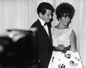 """The 33rd Annual Academy Awards""Eddie Fisher, Elizabeth Taylor (wearing"