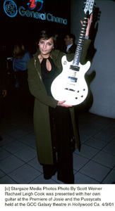 © Stargaze Media Photos Photo By Scott WeinerRachael Leigh Cook was presented with her own guitar at the Premiere of Josie and the Pussycatsheld at the GCC Galaxy theatre in Hollywood Ca. 4/9/01 - Image 18047_0108