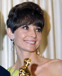 AUDREY HEPBURN, Academy Awards, I.V. - Image 1808_0036