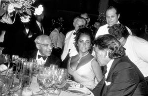 """Academy Awards: 42nd Annual""George Cukor, Elizabeth Taylor and Richard Burton1970 © 1978 Bud GrayMPTV - Image 1812_0004"