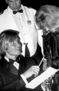 """""""Academy Awards: 42nd Annual"""" at Beverly Hilton, 1970 Jon Voight. © 1978 Gunther - Image 1812_0012"""
