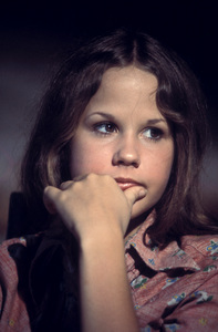 """Sweet Hostage""Linda Blair1975** H.L. - Image 18184_0005"