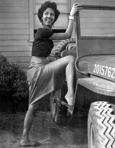 """Carmen Jones""Dorothy Dandridge1954 20th Century Fox /** I.V. - Image 18239_0003"
