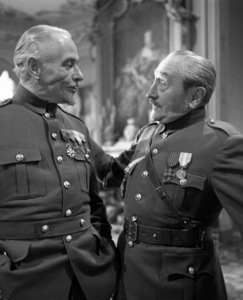 """Paths of Glory""Adolphe Menjou1957 Bryna Productions**I.V. - Image 18264_0004"