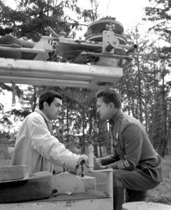 """Paths of Glory""Dir. Stanley Kubrick, Kirk Douglas1957 Bryna Productions**I.V. - Image 18264_0008"