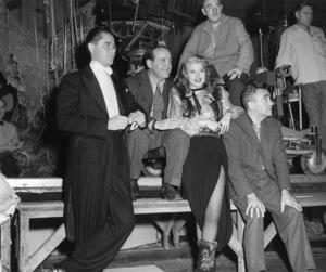 """Gilda""Glenn Ford, Rudy Mate (cameraman), Rita Hayworth, Charles Vidor (director)Columbia, 1946** I.V. - Image 18278_0022"