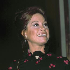 """Emmy Awards"" 1974Mary Tyler Moore © 1978 Kim Maydole Lynch - Image 18290_0006"