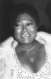"""Golden Globe Awards"" 1972Esther Rolle © 1978 Kim Maydole Lynch - Image 18294_0003"