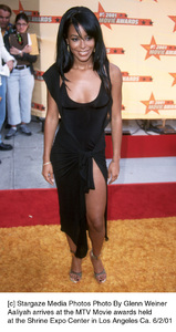 © Stargaze Media Photos Photo By Glenn WeinerAaliyah arrives at the MTV Movie awards heldat the Shrine Expo Center in Los Angeles Ca. 6/2/01 - Image 18389_0102