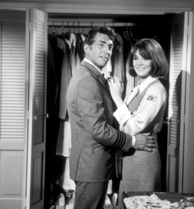 """""""Airport""""Dean Martin and Jacqueline Bisset.1970 /  Universal. - Image 1847_0019"""