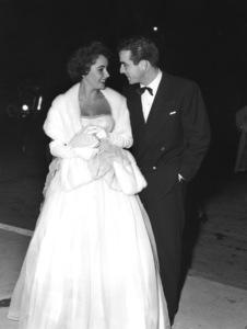 """""""The Heiress"""" (Premiere)Elizabeth Taylor, Montgomery Clift1949** I.V. - Image 18572_0005"""