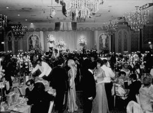 """Academy Awards: 41st Annual,""Jose Feliciano ( left hand side - seated), Sondra Locke, Edith Head (seated).1969.Photo by Bud Gray - Image 1860_0007"