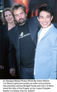 © Stargaze Media Photos Photo By Glenn WeinerLuc Besson [pictured center] co-writer and producerwas joined by actress Bridget Fonda and Jet Li in therelatest film Kiss of the Dragon at the Loews Cineplextheater in Century City Ca. 6/25/01 - Image 18615_0108