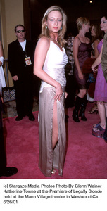 Katherine Towne at the Premiere of Legally Blondeheld at the Mann Village theater in Westwood Ca.6/26/01. © 2001 Glenn Weiner - Image 18646_0110