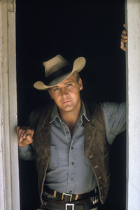 """The Big Valley""Lee Majors 1965 © 1978 Ken Whitmore - Image 1867_0019"