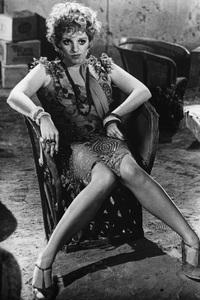 """Lucky Lady""Liza Minnelli © 1975 20th Century Fox**H.L. - Image 18877_0001"