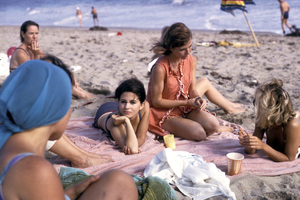 """Peyton Place"" cast partyBarbara Parkins, Pat Morrow1965 © 1978 Gene Trindl - Image 1889_0014"