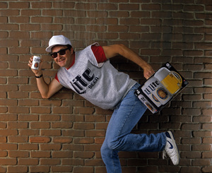 Randy Quaid in a Miller Lite beer advertisement1988 © 1988 Bobby Holland - Image 18919_0002