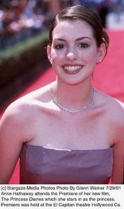 Princess Diaries, The: PremiereAnne HathawayEl Capitan Theater, Hollywood, CA  7/29/01 © 2001 Glenn Weiner - Image 18945_0102