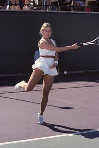 Maureen McCormickNovember 1977** H.L. - Image 19038_0001
