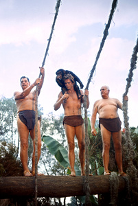 """""""Tarzan""""Johnny Weissmuller, Ron Ely with his chimp Cheetah, Frank Merrill1967 © 1978 Gunther - Image 1908_0028"""