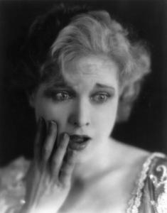 """Something Always Happens"" Esther Ralston1928 Paramount Famous Lasky Corporation(Silent Film)**I.V. - Image 19558_0001"