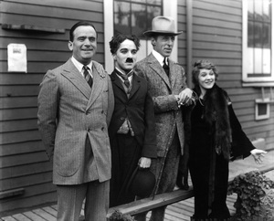 Douglas Fairbanks Sr., Charlie Chaplin, D.W. Griffith and Mary Pickford during the formation of United Artists1919** I.V. - Image 19560_0002